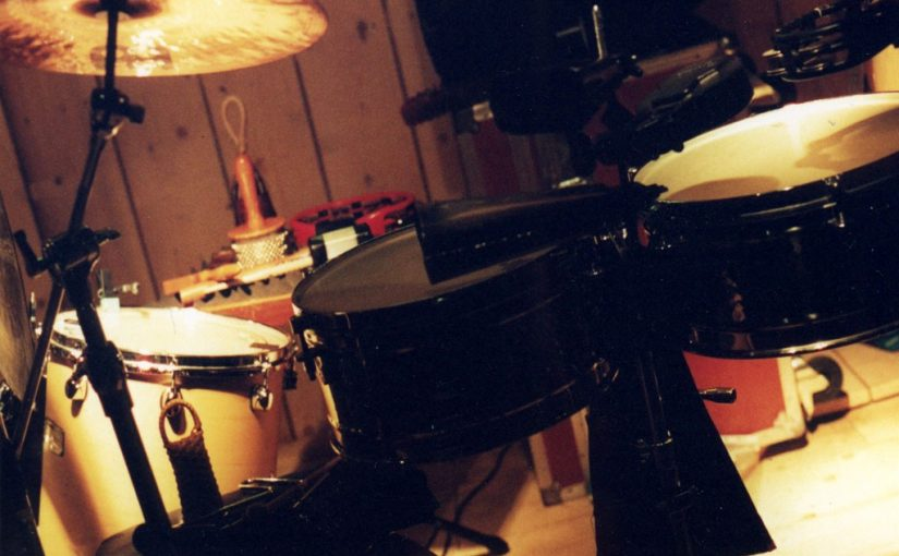 Jak rozpocząć naukę gry na perkusji?
